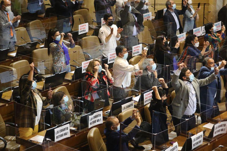 Cámara de Diputados aprobó cuarto retiro del 10% de las AFP
