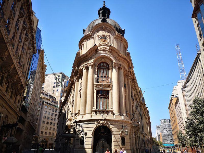 Bolsa de Santiago y sus pares de Perú y Colombia acuerdan contratar a banco de inversión para avanzar en posible integración