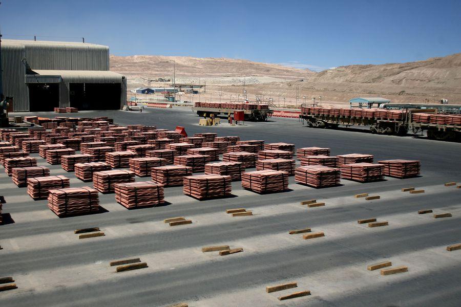Minera Escondida y sindicato alcanzan acuerdo que evitaría huelga en el mayor yacimiento mundial de cobre