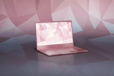 Razer anunció su primer notebook rosado