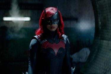 Javicia Leslie contó que no habló con Ruby Rose antes de asumir el rol protagónico de Batwoman