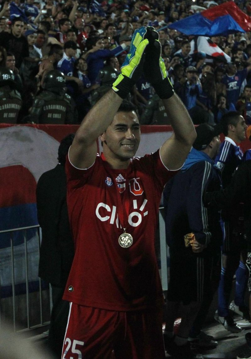 Herrera celebrando la Copa Sudamericana, en 2011.