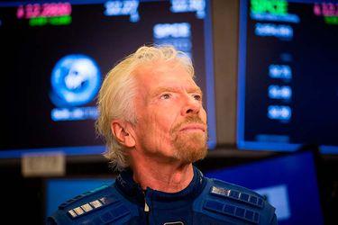 Fortuna de Branson cae a la Tierra junto con Virgin Galactic