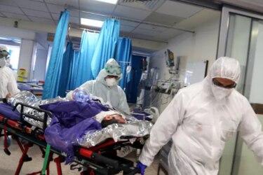 """Infectólogo analiza la cuarentena total: """"Si seguimos como hasta ahora, vamos a colapsar el sistema de salud y tendremos resultados catastróficos"""""""