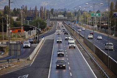 China aumenta su presencia en Chile y firma estatal de ese país presenta la mejor oferta por concesión de la Ruta 5 en el tramo Talca-Chillán