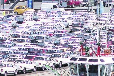 Importaciones siguieron imparables en julio, con alzas de 131% en transporte y 91% en combustibles