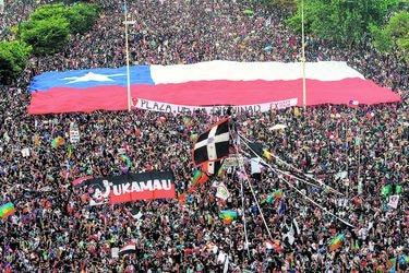 ¿Un nuevo estallido? 64% cree que protestas volverán con más fuerza que antes