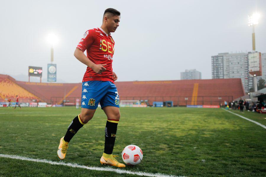Bastián Yáñez fue nominado por Martín Lasarte para enfrentar la próxima fecha triple de las Eliminatorias contra Perú, Paraguay y Venezuela.