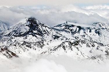 Columna de sismología: Arriba en la cordillera (o los desconocidos volcanes que amenazan a Santiago)
