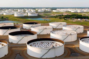 La alteración del precio del petróleo se alivia a medida que la demanda física de crudo aumenta