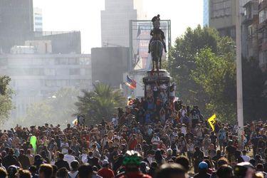 Viernes de manifestaciones en Plaza Italia