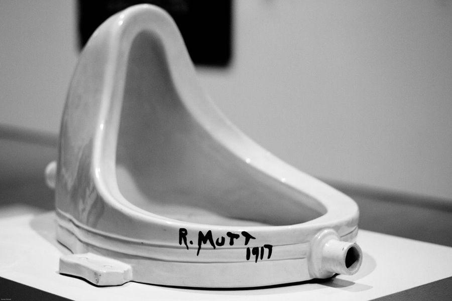 El urinario de Duchamp: la polémica pieza que cambió la percepción del arte  - La Tercera