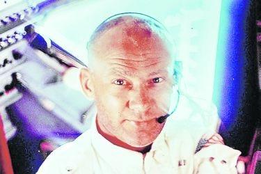 """Edwin """"Buzz"""" Aldrin (1930).   Apolo 11. Segundo astronauta en la Luna. Fue el piloto del módulo lunar. A su regreso enfrentó una serie de episodios traumáticos."""
