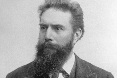 Wilhelm Röntgen: el científico que descubrió los rayos x