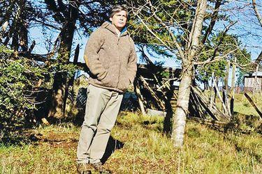 """Carlos Bresciani, el sacerdote jesuita detenido en Tirúa: """"Es necesario hacernos cargo de las heridas del territorio"""""""