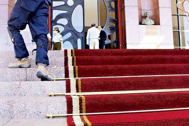 Últimos Preparativos en el exterior  del Congreso Nacional para el cambio de mando