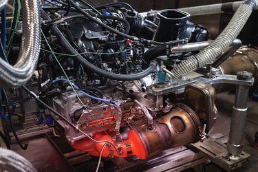 Porsche abre sus archivos: el motor bóxer del 911 GT3 fue testeado a 300 km/h en 5 mil km continuos