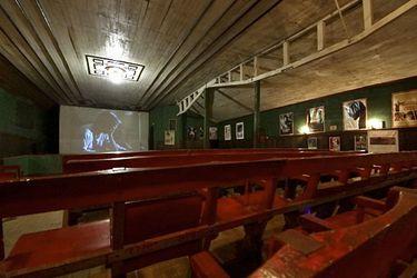 #MicrodocuLT: El Cinema Paradiso chileno, único en Sudamérica y con 107 años de historia
