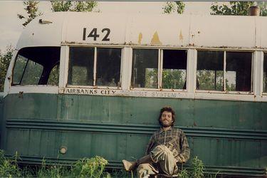 Hacia rutas salvajes: retiran el bus de Alexander Supertramp por accidentes de turistas
