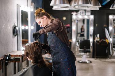 Clase Abierta, aprende donde estés: Corte de pelo