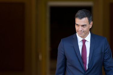 Cataluña, migrantes y propuesta de exhumar a Franco: Los hitos que marcaron el corto mandato de Pedro Sánchez en España