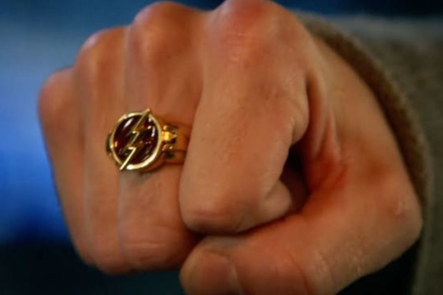 flash serie anillo