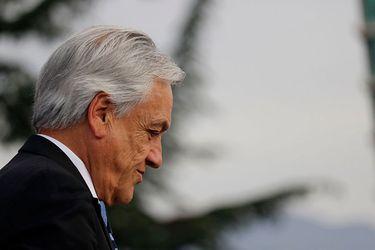 Adimark: Piñera termina su primer año de gobierno con 52% de desaprobación