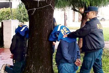 Detienen-a-uno-de-los-presuntos-autores-de-ataque-contra-diputado-argentino-(45521272)