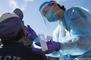 EE.UU. registra nuevo récord de más de 60.000 casos de coronavirus en 24 horas