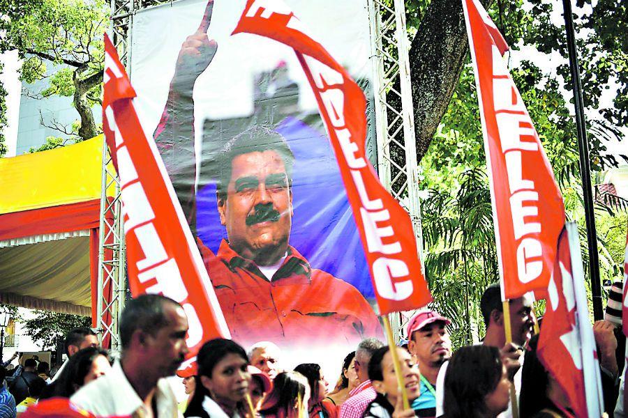 Supporters of Venezuelan President Nicolas (44572320)