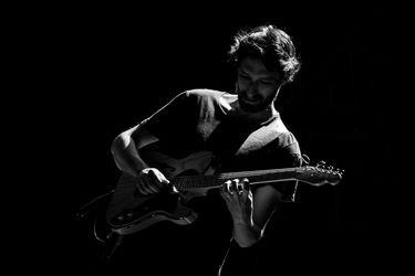 """Raimundo Santander, guitarrista chileno: """"El jazz es una mentalidad, no es sólo un estilo musical"""""""