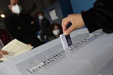 Irrupción de jóvenes, sectores populares y más de un millón de nuevos votantes: La inédita radiografía del Servel al Plebiscito 2020