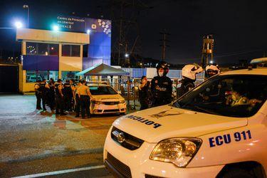Gobierno de Ecuador activa comités de seguridad tras motines en cárceles