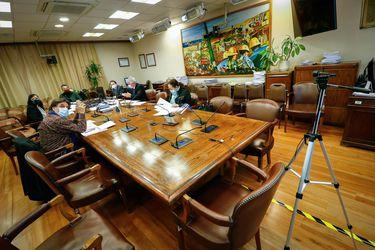 Retiro del 10% avanza en la Cámara: Comisión de Trabajo lo aprueba en general y gobierno se abre a debatir tributos