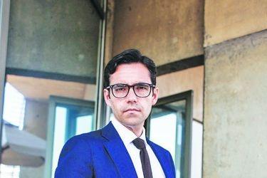 """Sergio Urzúa, economista de Clapes-UC: """"Hay una falta de liderazgo transversal (...) no se ha estado a la altura para demostrar que se va a conducir bien este proceso"""""""