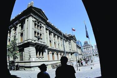 Corte Suprema determinó quina para  reemplazar a ministro Künsemüller