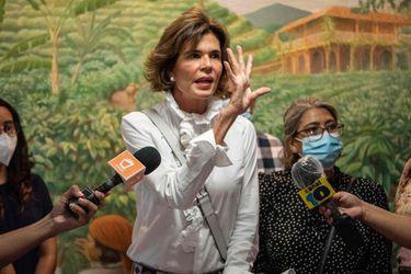 Cristiana Chamorro: La arrestada candidata que busca reeditar la victoria  de su madre contra Ortega