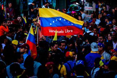Casen: venezolanos en Chile son casi medio millón de personas y el 41% de todos los inmigrantes