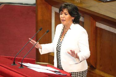 Comités de senadores de oposición respaldan permanencia de Provoste como presidenta de la Cámara Alta
