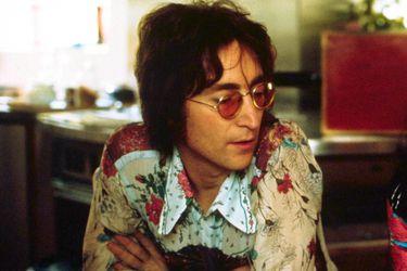 """""""Madre, me tuviste, pero yo nunca te tuve"""": John Lennon y una desgarradora canción sobre su infancia"""