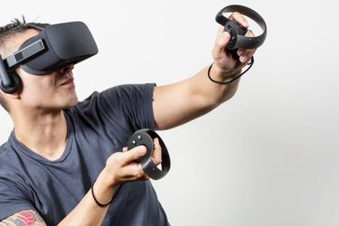 ¿Será suficiente? Oculus Rift baja de precio