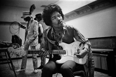Jimi Hendrix: una línea del tiempo con sus guitarras eléctricas