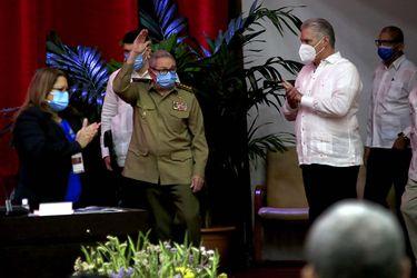La salida de Raúl Castro, el rumbo de la economía y la relación con EE.UU.: las claves del VIII Congreso del PC de Cuba