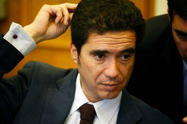 Ministro Briones firma decreto que fija nueva meta de balance estructural