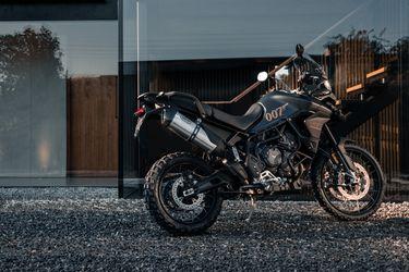 Triumph Motorcycles lleva el sello de 007 con la nueva Tiger 900 Bond Edition