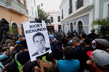 Escándalo político en Puerto Rico tras la publicación de un chat privado entre miembros del gobierno