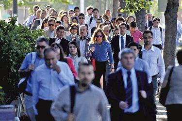 Clase media en Chile continúa creciendo: En una década pasó de representar el 43% al 65%
