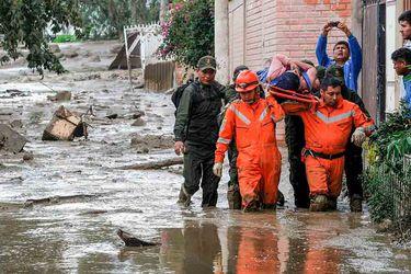 Impresionante desborde de río mantiene en Estado de Emergencia a Bolivia