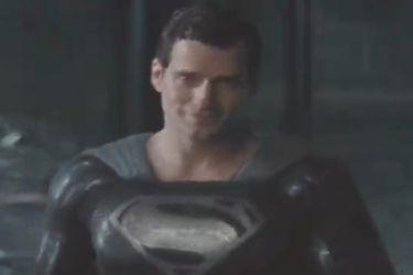 Superman con el traje negro es el foco del nuevo vistazo de la Liga de la Justicia de Zack Snyder