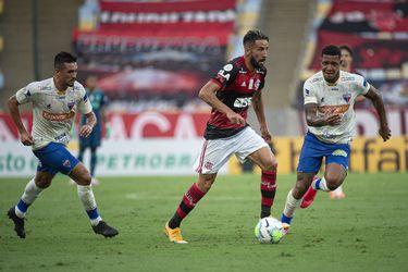 El Flamengo de Mauricio Isla revela que tiene seis jugadores contagiados